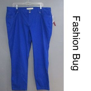 NEW Fashion But Bright Blue Jeggings Size 22W